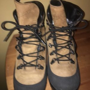 DANNER COMBAT HIKING BOOTS MENS SIZE 10
